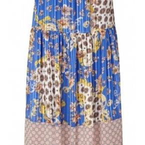 Smuk nederdel fra Lollys Laundry. Brugt en enkelt gang.