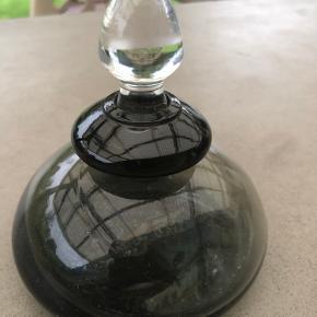 Glas sifon deco i grå og klart glas Ca 10 cm høj