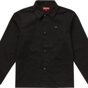 Supreme shop jacket fra ss19 - kan bruges som sommerjakke og overshirt.
