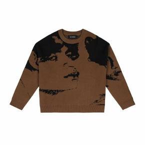 Runge sweater