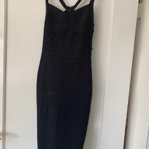 Sort bandage kjole