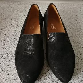 Super lækker sko i str 37,5 kun brugt et par gange