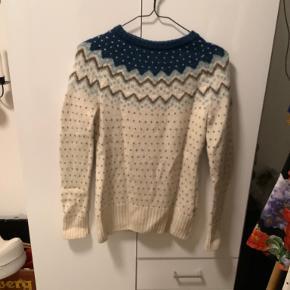 Fjällräven sweater