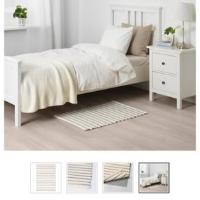 """Ikea fladvævet sort/hvid """"Törslev""""  60x90   Brugt ganske lidt og ligger blot til opbevaring"""