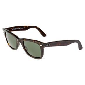 Smukke wayfarer Ray Ban solbriller med Itui Aldrig brugt   Ny pris: 1500