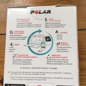 Polar sportsur, model: A300.. aldrig brugt, stadig i æske.. alle dele er stadig deri..