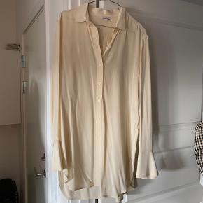100% silkeskjorte