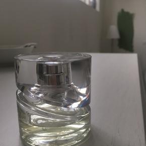 Skøn parfume fra Hugo Boss. 30 ml, med cirka halvdelen tilbage