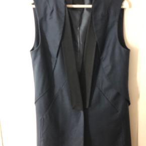 Bllack Noir vest