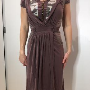 Kjole med t-shirt