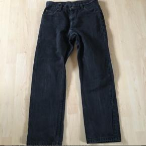 Vintage Lee jeans  Str. W32 L30  Fragt: 38kr. Køberen betaler for fragt