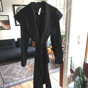 Superfed Malene Birger habit frakke str. 38. Så flot på!!