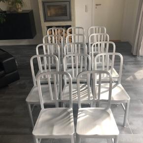 Parna Home fra IDEMøbler. Pris er pr. Stk - 14 stk alu. stol sælges 6 stk eller 8 stk. Købt ved IDEmøbler