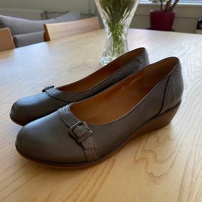 Jaco heels
