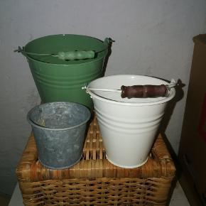 5 stk. urtepotteskjuler i forskellige størrelser.