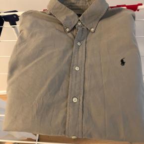 Original Ralph Lauren skjorte i XL. Brugt få gange.