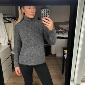 Super flott sweater, perfekt til efteråret🍂🍁