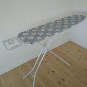 Ironing table 90x140 cm Silvercrest steam iron 2200w