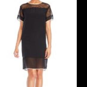 Sælge denne fine kjole fra Malene Birger  Str: S/M  Sort / hvid i kant  Np: 1500kr  Mp: 400kr  Sender via DAO