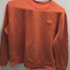 Lækker sweater fra Wood Wood, som stadig er i super god stand.