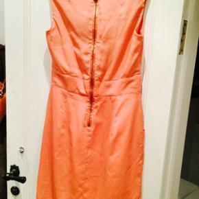 Ny kjole fra In Wear str. 36 - Aldrig brugt, stadig  med mærke.