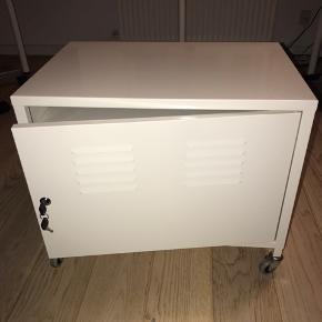 Ikea skab