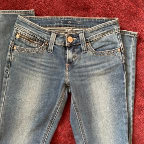 Push-up jeans fra Levi's