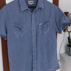 Fin skjorter fra Wrangler. Lavet af 100% bomuld  #30dayssellout