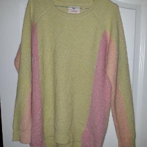 🌸Envii x by Trine's Wardrobe 🌸49% uld 🌸41% angora 🌸10% nylon