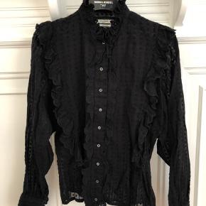 Smuk skjorte med små bomber i stoffet fra Isabel Marant
