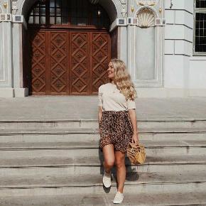 Fin slå-om nederdel fra Saint Tropez.