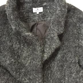 Super fin uld mix frakke til teens passer 12 -16 år