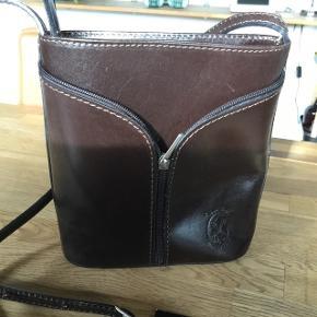 Fin brun taske aldrig brugt Brun