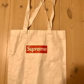 Supreme paper tote bag  Fra Fall/Winter 2015  Aldrig brugt