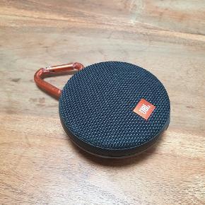 Jbl trådløs og vandtæt højtaler. Nypris 499