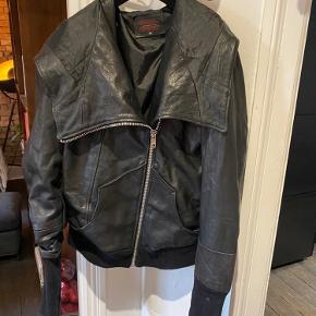 Pele Che Coco skind- & læderjakke