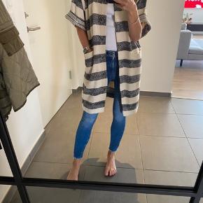 Cardigan/vest/kimono