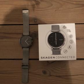 Helt nyt ur. Brugt en gang  Det er et Skagen hybrid smartwatch Ny pris 2000kr