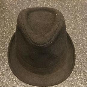 Sort hat
