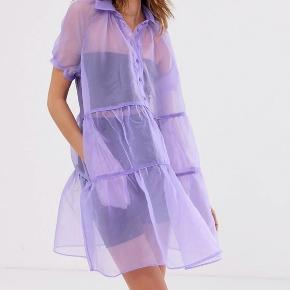 Smuk organsalg kjole helt ny, passer en 38 og 40 Ny pris 1500kr