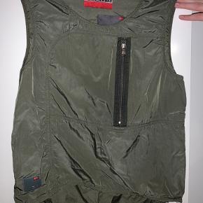 Diesel vest