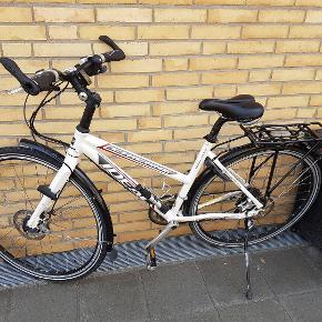 Damecykel, IDEAL, Cykel - Sport, 48 cm stel, 16 gear  Meget pæn og velholdt cykel - sports model 16 indvendige gear - Et helt specielt gear system som desværre ikke laves mere..