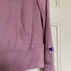Champion hoodie i lyserød Str: Small
