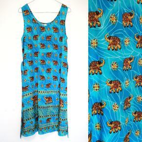 Så lækker en vintage kjole med bindebånd.