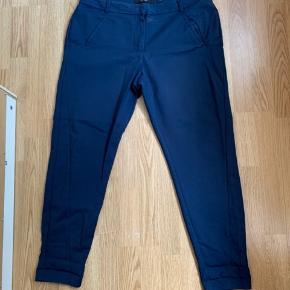 Super fede blå bukser fra vero moda. Str Xl.  -Se alle mine andre annoncer. Alt det jeg har til salg, ligger bare og fylder, så byd endelig!