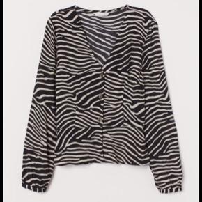 Zebra skjorte fra H&M!🦓 Brugt 2 gange!🤍