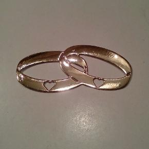 Ring af Dies sølv eller guld 2 kr. PR STK. Af karton. 2.2 cm + 5.0 cm