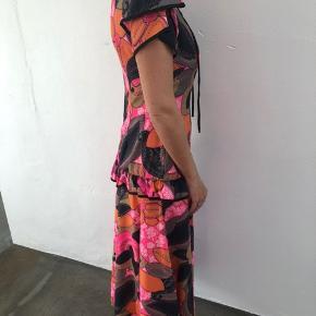 vintage / Unika kjole i flot stand