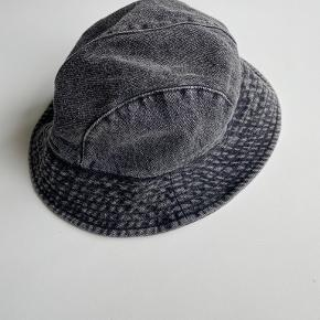 & Other Stories hat & hue