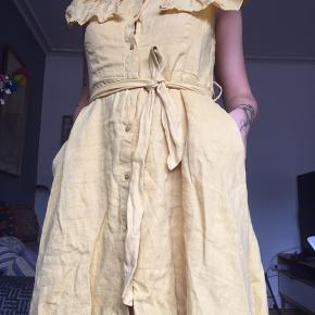 Vildt sød gul hør kjole ✨✨✨✨
